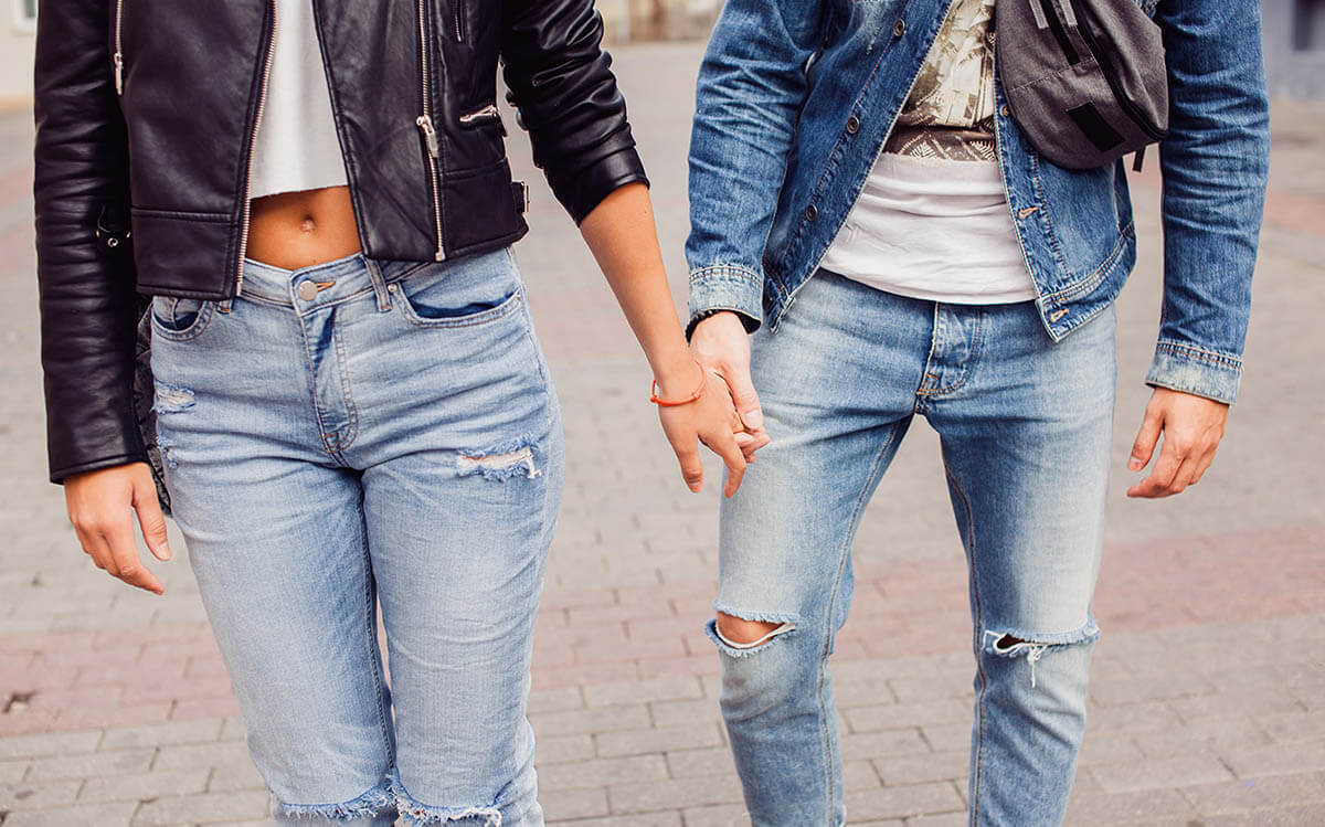 Wear Jeans the Right Way - 10 Ways You Can Do with It